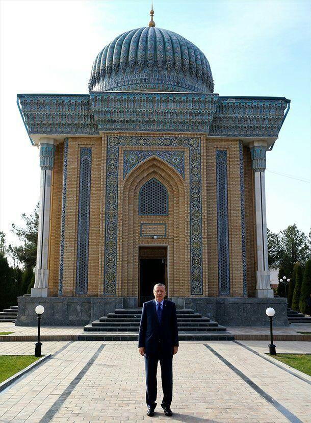 cumhurbaskani-erdogan-imam-maturidi-turbesi-fotograf